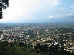 800px-Bamenda_from_mountain_road