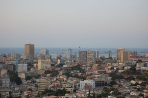 800px-Luanda_feb09_ost05