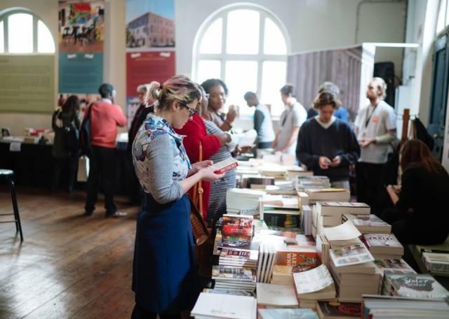7_book sale