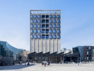 Photo_1_776_2_HR_ZeitzMOCAA_Heatherwick Studio_Credit_Iwan Baan_Exterior