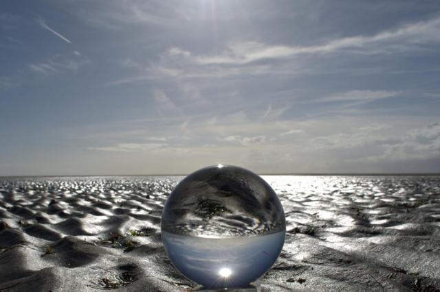 ball-beach-clouds-219874.jpg